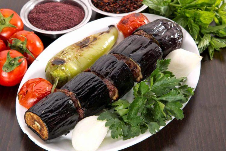 patlıcan kebabı 750x500 - Patlıcan Kebabı Tarifi