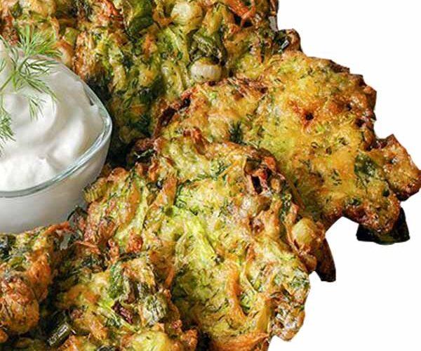 Mücver ,Türk mutfağında yumurta ve un ile karıştırılıp kızartılan ana malzemesi kabak olan bir yemektir.